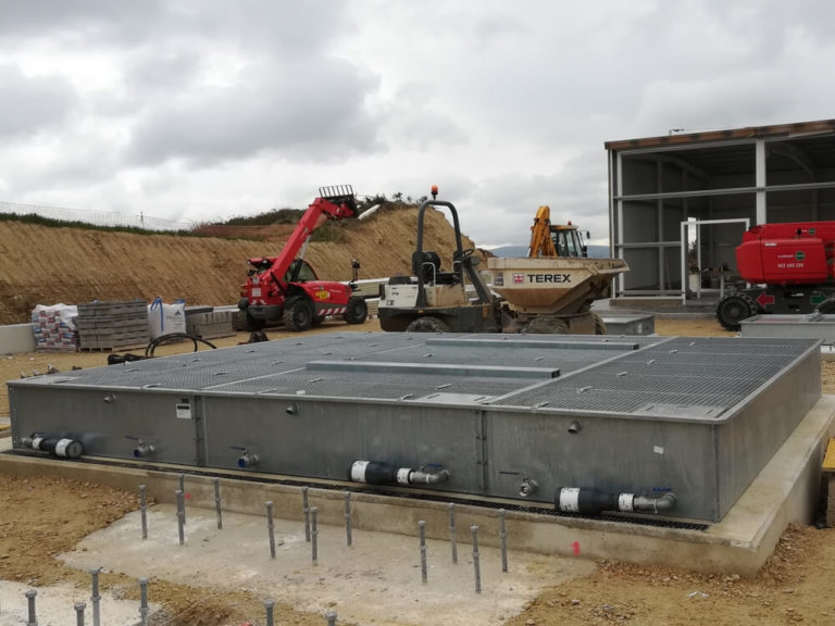 BAFX - Modular containment bunds fitted with a fire extinguishing system