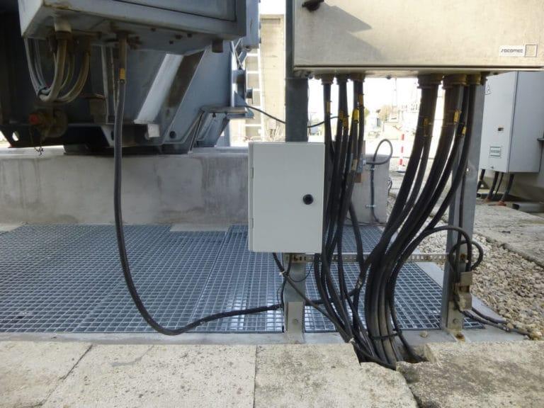 Oil leak alert system DATABAC
